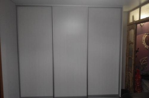 Шкафы-купе из ЛДСП