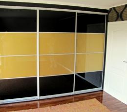 Шкафы-купе со стеклом Оракал